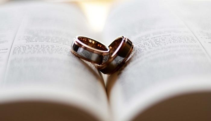 Dream meaning boyfriend married